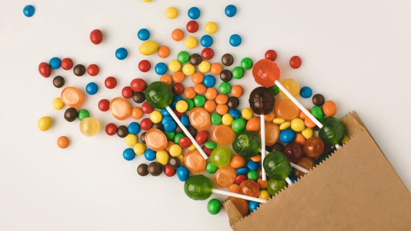 """Descoperire șocantă într-o pungă cu bomboane. """"Avea un număr scris pe el"""""""