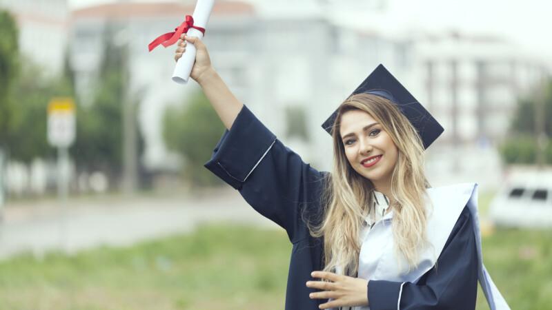Metoda prin care studentele apelează la bărbați bogați pentru a le finanța studiile