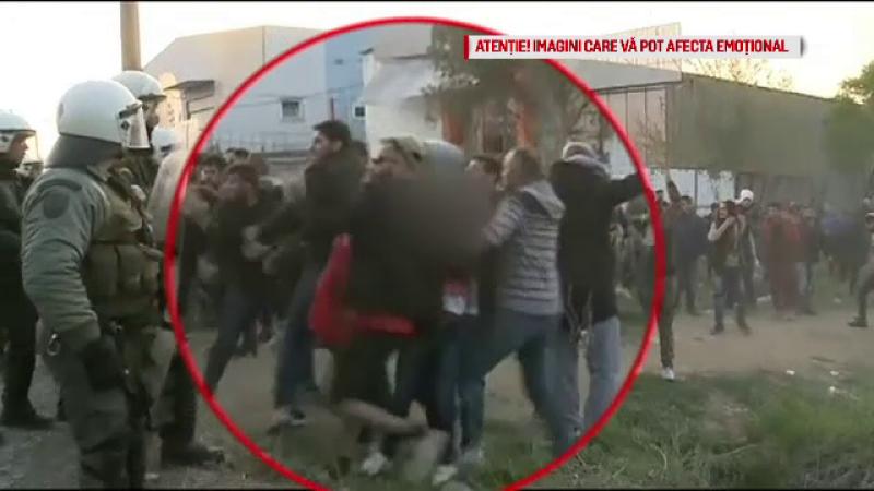 """Scene tulburătoare cu migranți în Grecia. """"Nu avem acces la doctori, la spitale, la nimic"""""""
