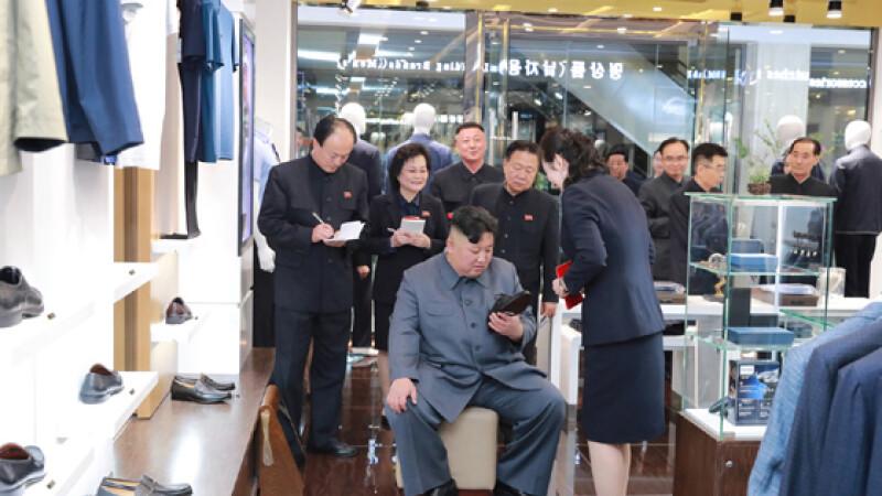 Reacția lui Kim Jong Un după ce a vizitat un mall în Coreea de Nord. FOTO
