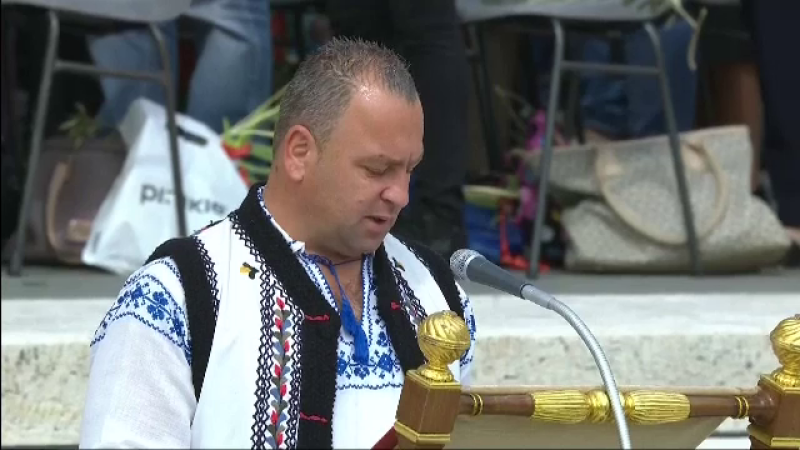 """Cine e românul care a rostit """"Rugăciunea universală"""" la Vatican, în duminica Floriilor"""