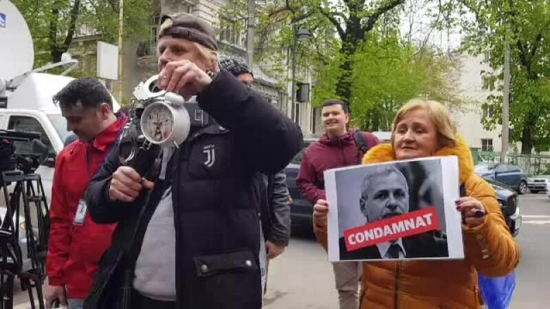 Declarațiile avocatului lui Dragnea la sosirea la ÎCCJ. Un protestatar l-a apostrofat