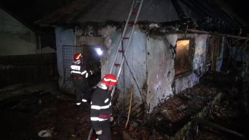 Femeie din Bacău și fiica ei de 9 ani, moarte într-un incendiu care le-a cuprins casa