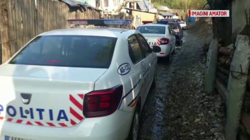 Zeci de polițiști și jandarmi au descins într-un cătun din Argeș. Ce căutau
