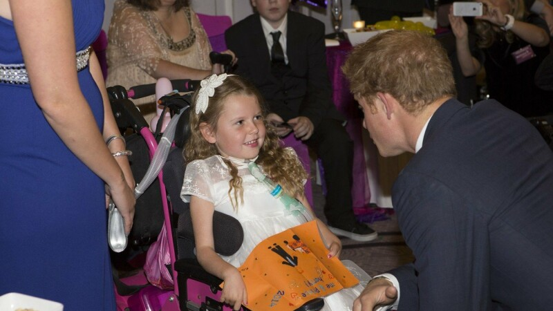 Cum a reușit o fetiță cu dizabilități să fie model