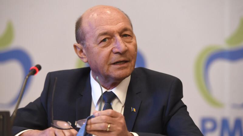 """Băsescu, despre Viorica Dăncilă: """"Desprinderea de Dragnea a început mai demult"""""""