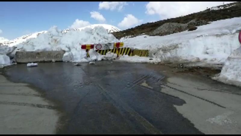 Transalpina rămâne închisă de Paşte. Idei pentru turiști dornici de peisaje frumoase