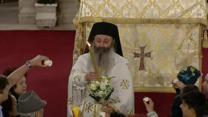 Hristos a înviat! Imagini de la slujba de Înviere de la Biserica Antim. VIDEO