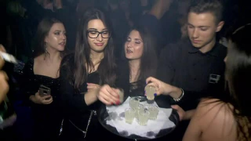 tineri, club, Mamaia