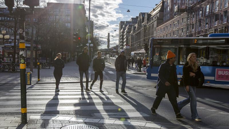 Suedia oameni pe strada