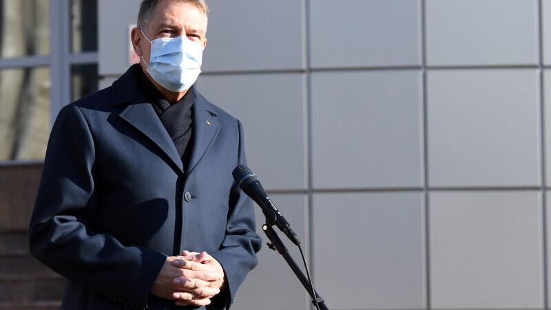 """Iohannis: """"Să nu aibă cineva impresia că dacă a venit primăvara s-a terminat pandemia"""""""