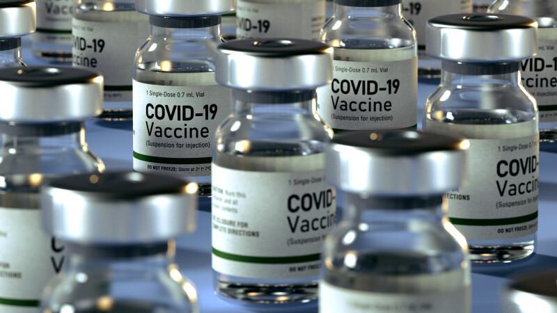 România are mai multe doze de vaccin decât doritori. Guvernul ia în calcul vânzarea lor către alte state