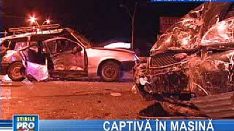 Ambele maşini au fost avariate