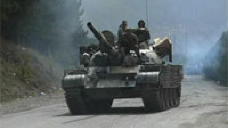 Rusia încă nu şi-a retras trupele din Georgia!