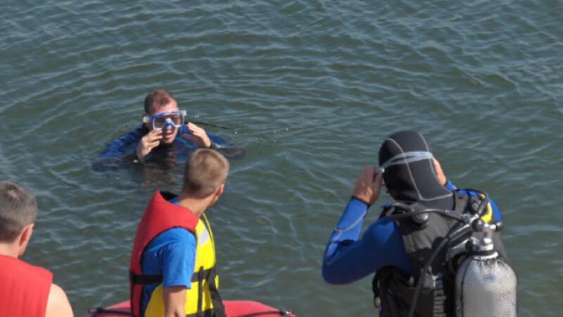 Mai mulţi oameni au murit înecaţi după ce s-au scăldat în locuri nemenajate