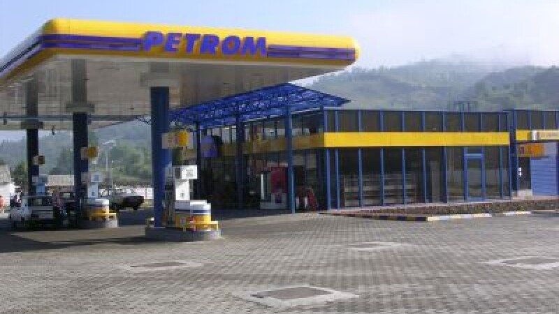 In lupta dintre chioscuri si supermarketuri au invins benzinariile