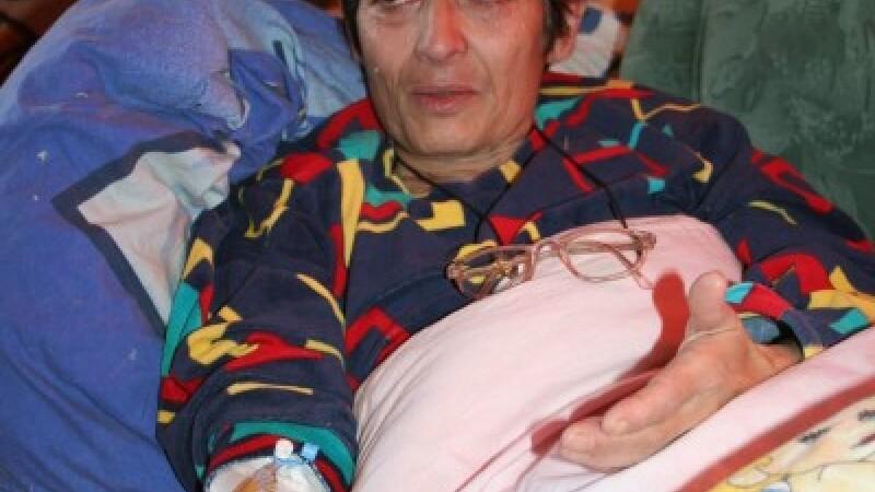 Hunedoara: O batrana are nevoie de 35.000 de dolari pentru a supravietui