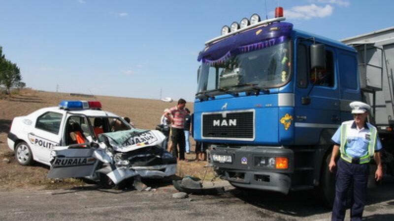Masina de politie avariata, accident