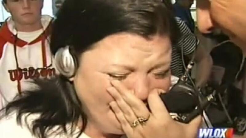 Reactia tulburatoare a unei mame cand aude inima fiului ei mort batand intr-un alt trup. VIDEO