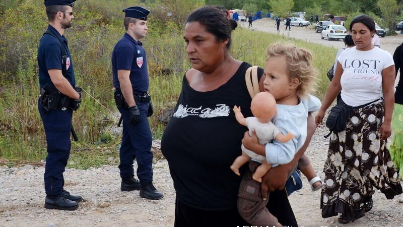romi evacuati Franta
