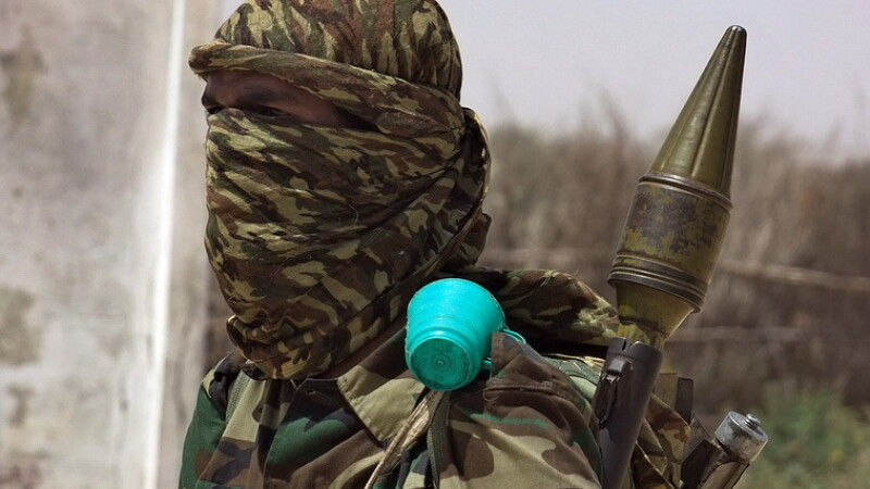 Daily Express: Al-Qaida comploteaza sa arunce in aer 5 avioane de pasageri in Europa, in preajma Craciunului
