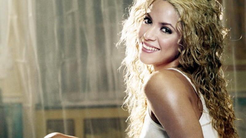 Un judecator a decis: Shakira a plagiat. Asculta varianta in spaniola a piesei Loca si piesa originala. VIDEO