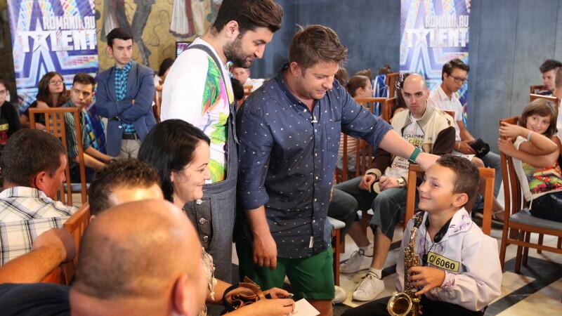 Romanii au talent, Pavel Bartos, Smiley, preselectii
