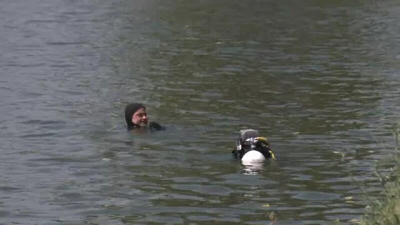 Vara, cel mai periculos anotimp pe lacurile din Capitala. Corpul unui pescar de 50 de ani, recuperat de scafandri in Baneasa