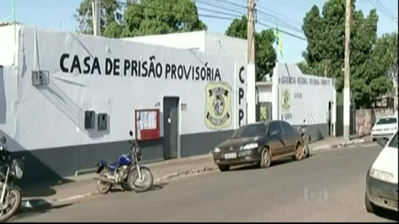 Evadare incredibila in Brazilia. Detinutii si-au filmat isprava si au postat-o pe internet