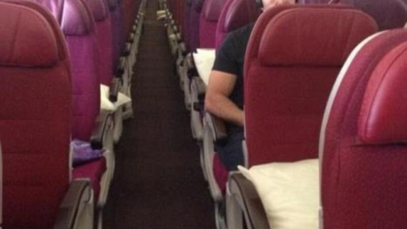 Urmarile dublei tragedii in care au fost implicate avioanele Malaysia Airlines. Unele zboruri circula doar cu cativa pasageri