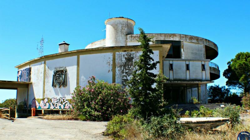 resort grecia abandonat