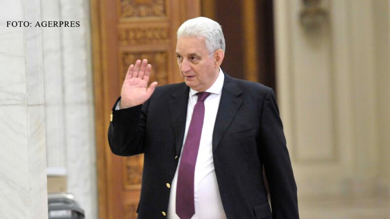 Ilie Sarbu salutand