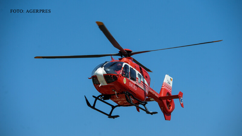elicopter SMURD in zbor FOTO AGERPRES
