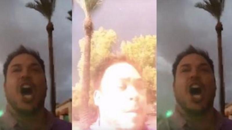 Un blogger, la un pas sa fie lovit de un fulger in timp ce era live pe internet. Reactia lui este insa adevarata surpriza