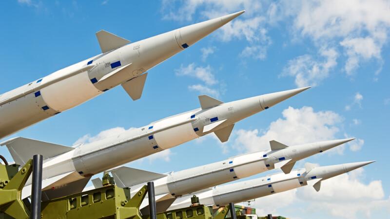 O stire inventata a dus la amenintari cu razboiul nuclear intre Pakistan si Israel.