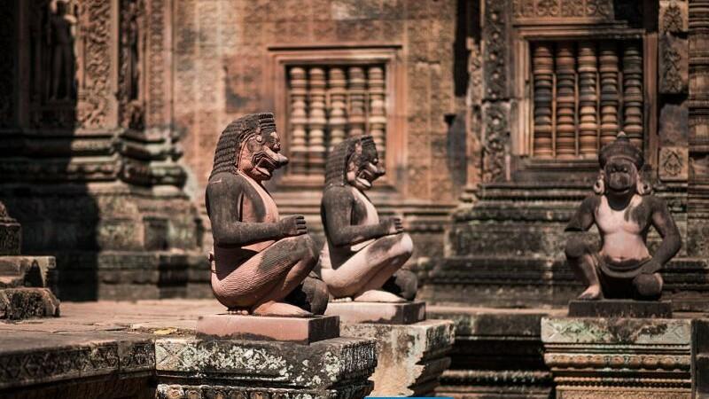 Complexul templului Angkor din Cambogia.
