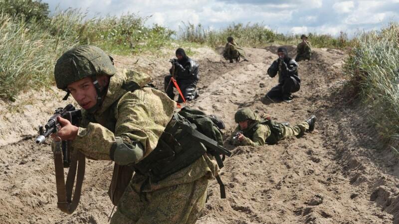 NATO se pregăteşte pentru un uriaş exerciţiu militar rusesc. Rolul României