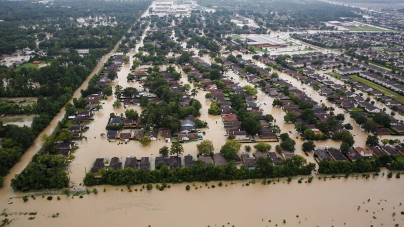 orasul Houston inundat