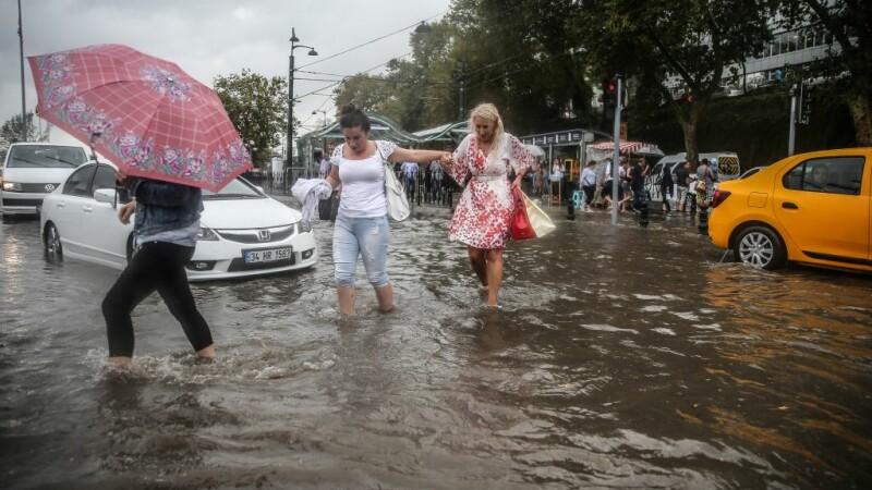 Inundatii Istanbul