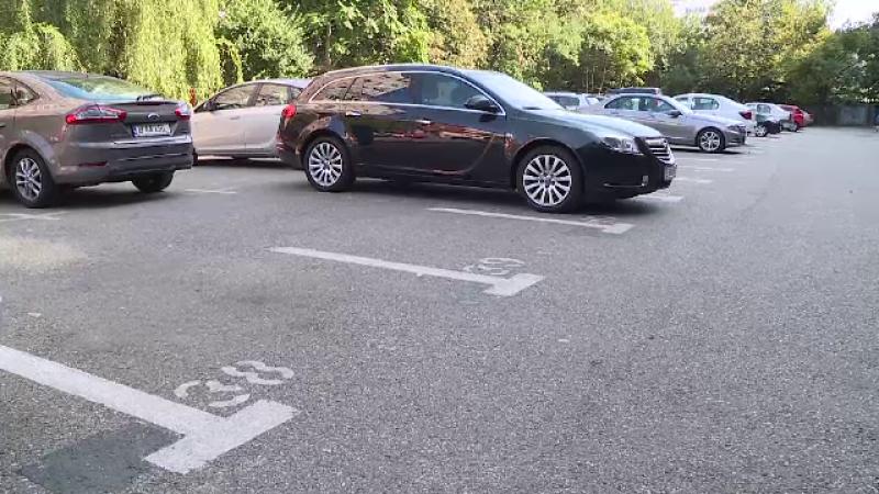 licitație parcare