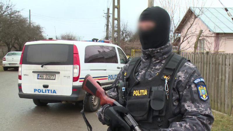 Percheziții cu 130 de polițiști în Bucureşti şi trei judeţe, într-un dosar uriaș