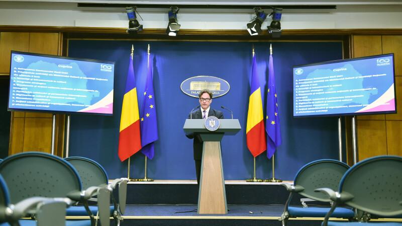 Ministrul Ivașcu, întrebat ce are de gând să facă pentru operele lui Brâncuși: Weekend plăcut!