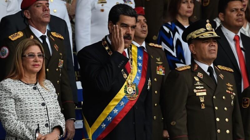 Doi pompieri din Venezuela riscă 20 de ani de închisoare. L-au comparat pe Maduro cu un măgar