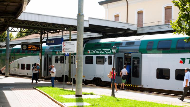 tren Trenord in Italia