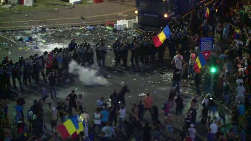 Protest violent Piata Victoriei