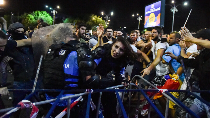 Protest in Piata Victoriei