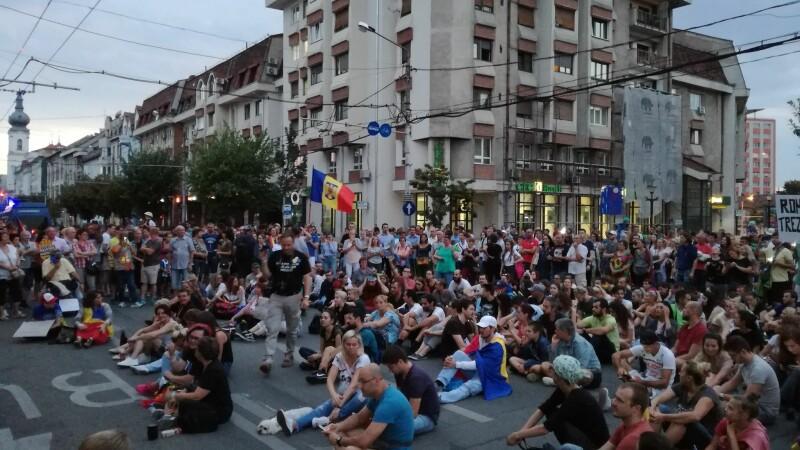 Prefectul Capitalei și ministrul de Interne cer modificarea legii adunărilor publice
