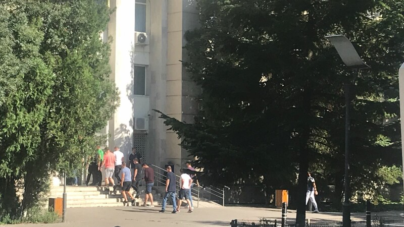 Gestul făcut de mai mulți jandarmi după protestele diasporei de vineri