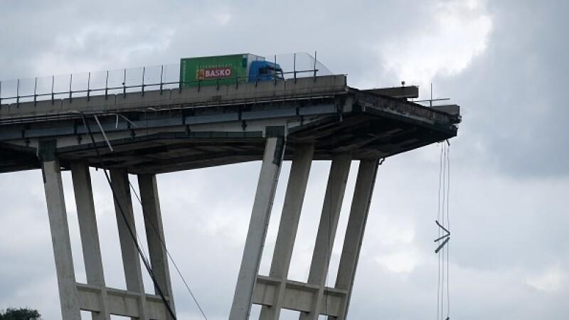 Genova, viaduct prabusit - 13