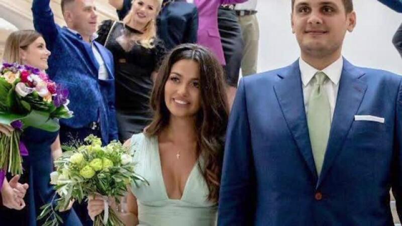 Nora lui Dragnea şi-a schimbat de două ori machiajul în ziua nunţii. FOTO
